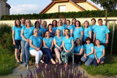 Společné foto členů SPŠ